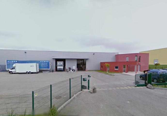 Bâtiment indépendant 2 320 m² – Saint Bonnet de Mure