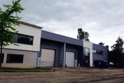 Limonest-local-activité-bureaux-location